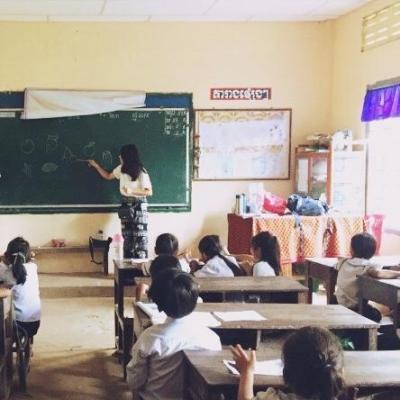 カンボジアでチャイルドケア&地域奉仕活動 匿名